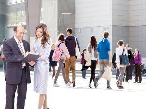 Індивідуальний підхід та перспективи: чого очікувати від кар'єрних радників, механізми їхньої роботи та сподівання