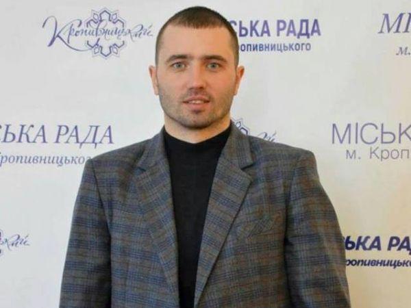 Андрій Максюта: Мені розбивали телефон, кидалися ящиками