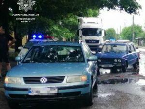 У Кропивницькому зіткнулися автівки