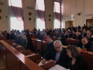 Кропивницький: Депутати міської ради розпочинають роботу (ВІДЕО)