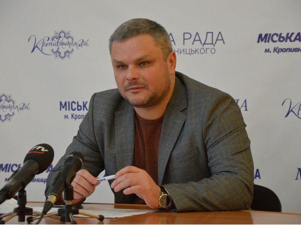 Рух великовагового транспорту вулицями Кропивницького заборонений