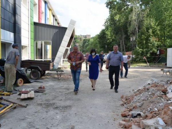 """Кропивницький: Коли завершать ремонт спортшколи № 2""""?"""