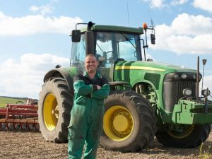 Роботодавці Кіровоградщини потребують трактористів