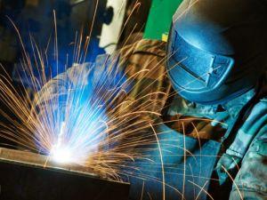 Безробітні Кіровоградщини можуть безкоштовно вивчитись на електрозварника