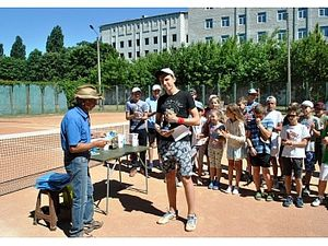 У Кропивницькому визначили кращіх тенісистів серед школярів