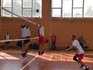 """Кропивницькі рятувальники здобули """"золото"""" в змаганнях з волейболу"""