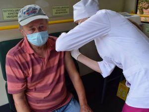 Кропивницький: Де на вихідних працюватимуть мобільні пункти вакцинації?