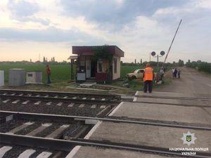 Помічник машиніста з Помічної помер на Миколаївщині після того, як потягом збив жінку (ФОТО)