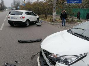 Кропивницький: На Миколаївці зіштовхнулися іномарки (ФОТО)