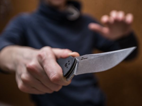 На Кіровоградщині поранено поліцейського: рецидивіст напав зі спини