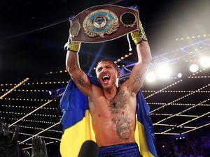 Василь Ломаченко битиметься за два чемпіонські пояси