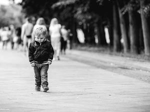 У Кропивницькому на Комарова мала дівчинка втікла від бабусі