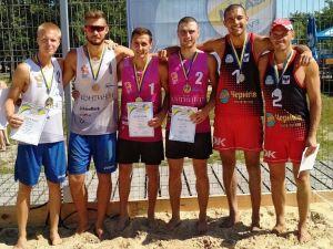 Юні волейболісти з кропивницького завоювали бронзові медалі у турі чемпіонату України
