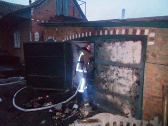 У Добровеличківському районі сгорів гараж