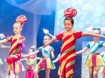 Фоторепортаж с новогоднего шоу для детей Кировоградщины