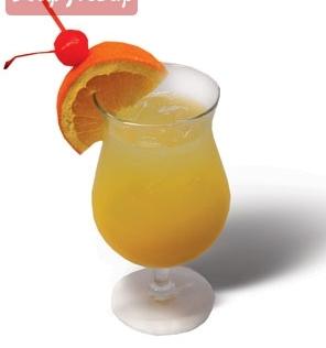 В стакан со льдом налить водку, затем апельсиновый сок, перемешать.